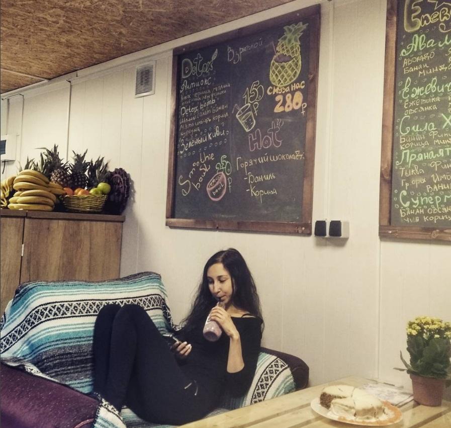 Кафе, где можно попробовать смузи в СПб